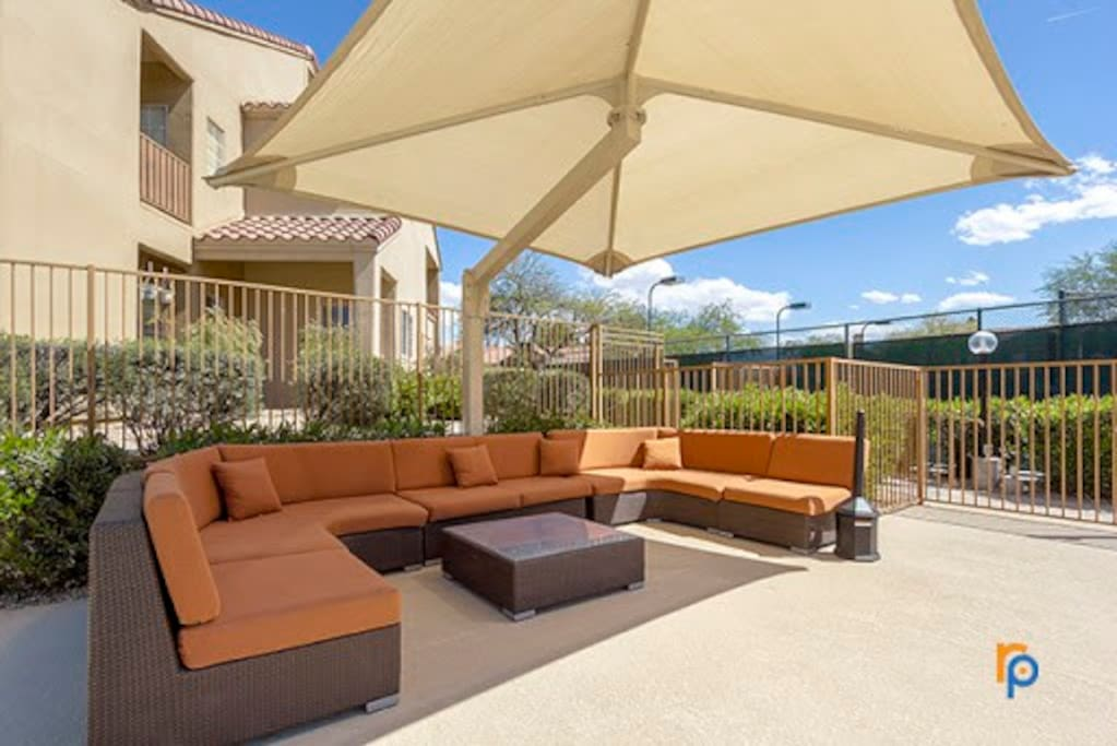 Or lounge poolside!