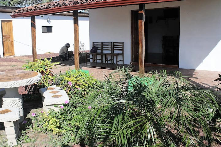 Breezy hilltop furnished home (WIFI incl)