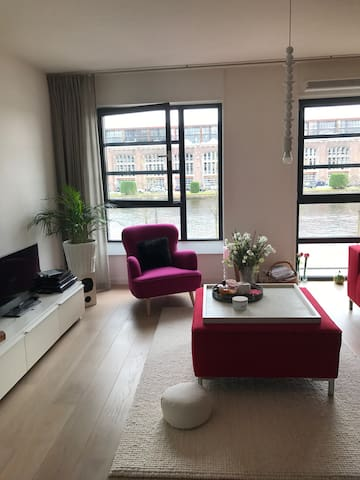 Beautiful apartment nearby centre of Haarlem - Haarlem - Flat
