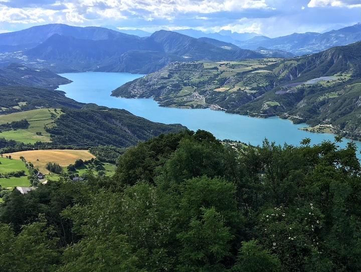 HAUTE PROVENCE Propriété vue lac de Serre Ponçon 3