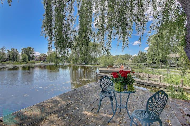 Charming Riverfront Home 87R