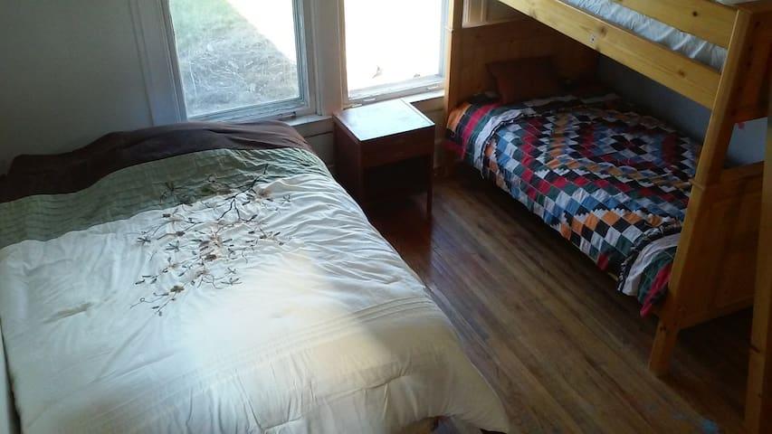 Room #2 Queen +Bunk
