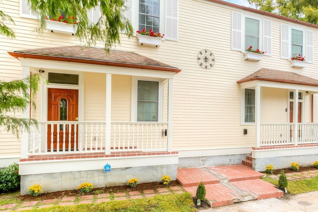 Charming 2 story New Orleans double.