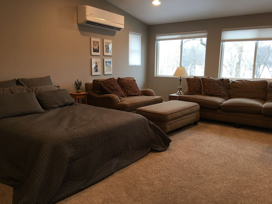 Comfortable sitting area with view of Rogue River and White Pine Trail. You have your own separate heating and cooling.