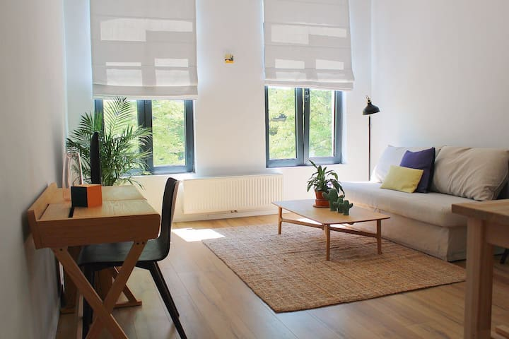 2.Stylish apartment near Station & Central Park
