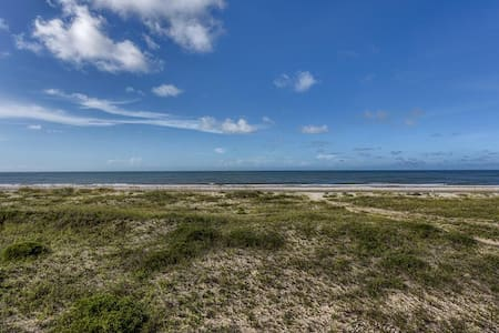 Secluded Area, Gulf Front, Very Private ~ Indian Summer