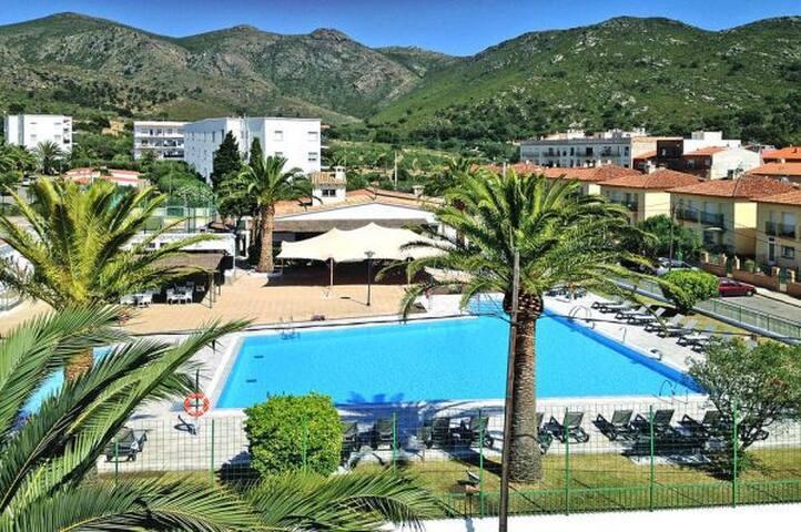 Moderno apartamento con opción de acceso a piscina