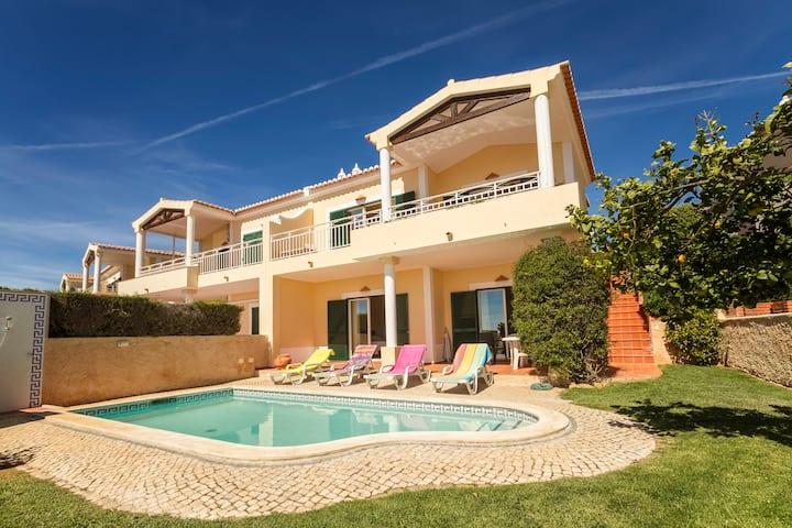 Villa Acacias 13