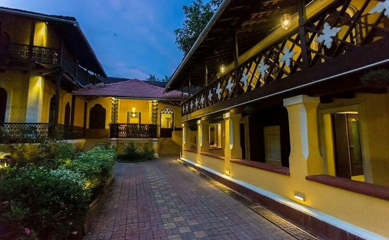 Heritage Garden Suite - Velha Goa - Bed & Breakfast