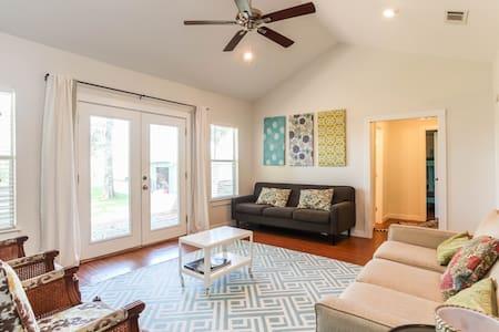 Relaxing River Retreat - Garfield - Haus