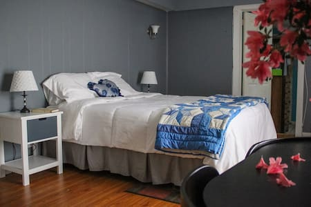 Beal Street House Bed and Breakfast