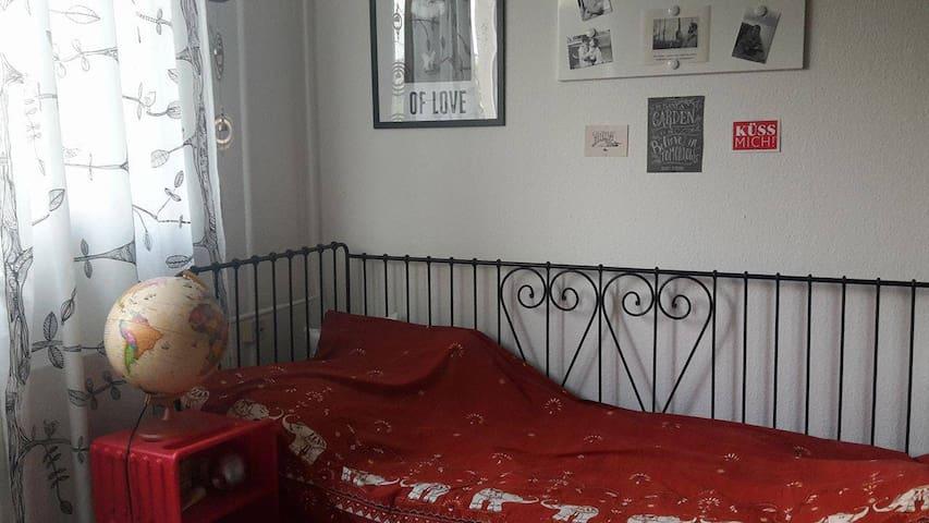 Zimmer mit Charme - Leipzig - Apartamento
