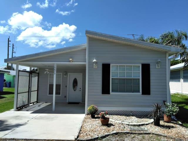 Cottage - room for rent