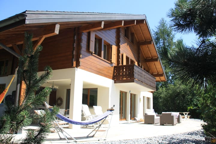 Fabulous spacious and sunny Chalet