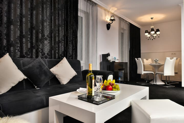 VIP Apartment at Best Boutique Hotel