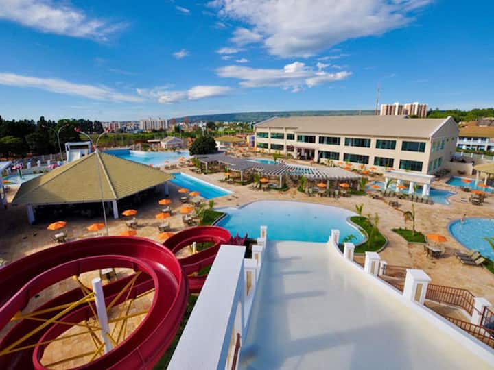 Lacqua DiRoma I - Apartamento e piscinas