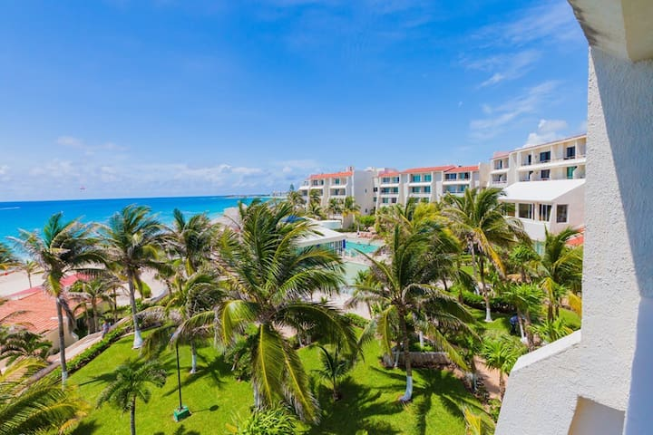 NEW ! Postcard perfect ocean view hotel zone