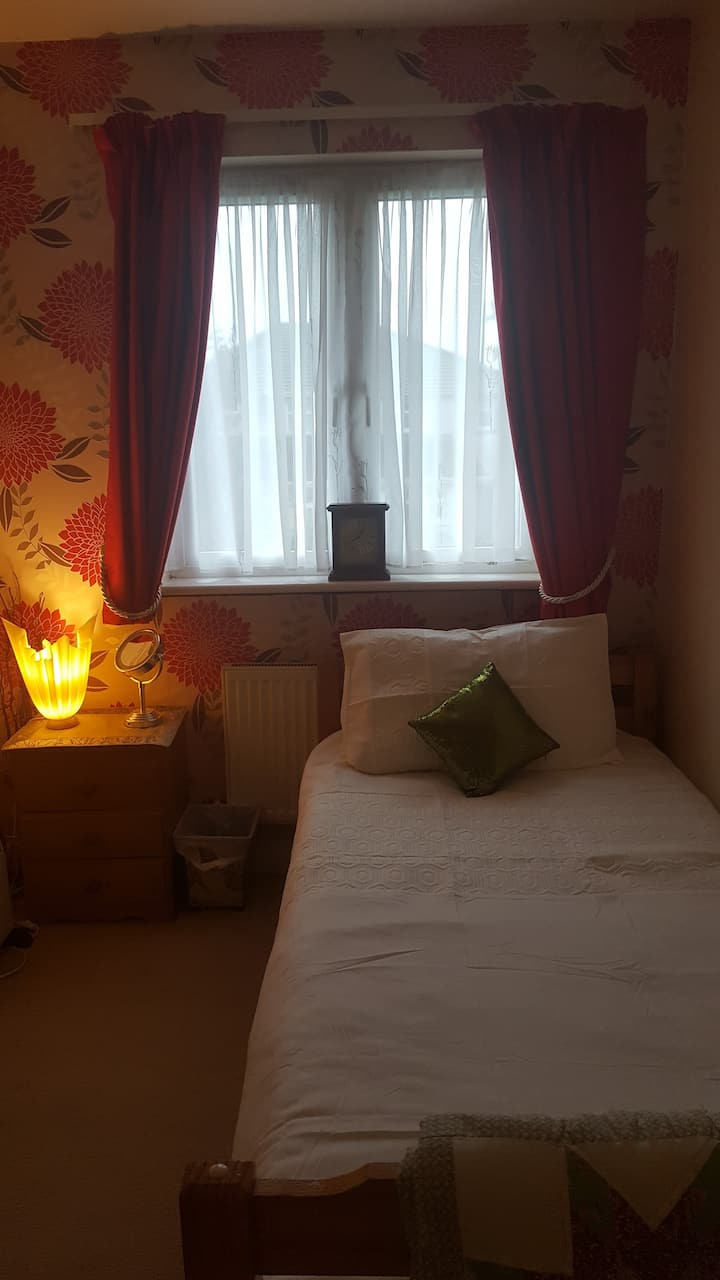 Single room in Kells in quiet house
