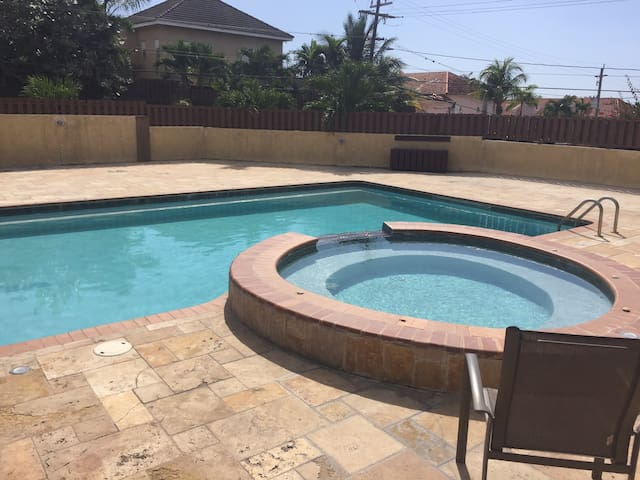 Spacious 3 br and 3.5 bth Apt w/jacuzzi & pool