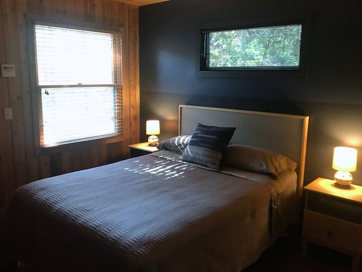 CEDAR DUNES - Ocean Bedroom