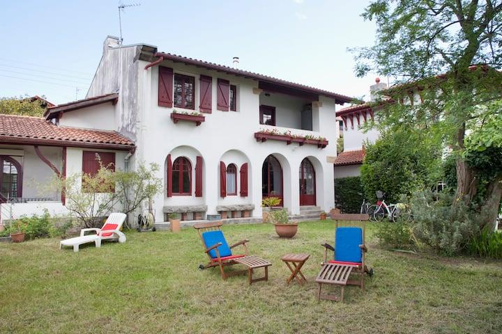 Villa NERE PAUSOA - Center of Hendaye Plage