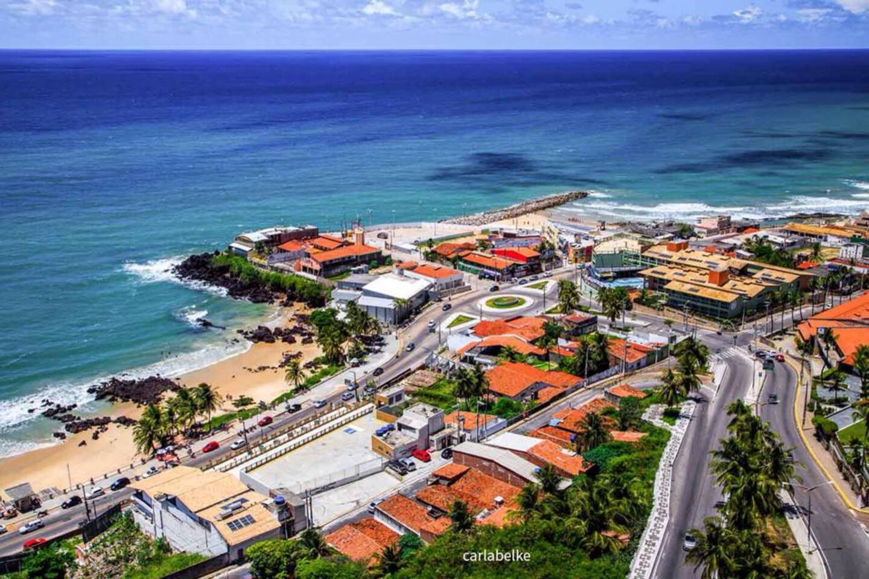 Praias mais próximas (300 metros): Areia preta, praia do meio e praia dos artistas