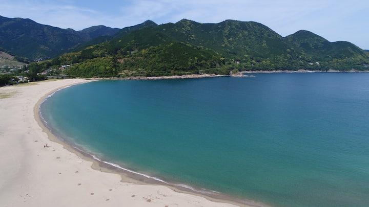 熊野市、あたしか海水浴場すぐ、民泊.ゲストハウス 凪の家 熊野古道コース沿いです
