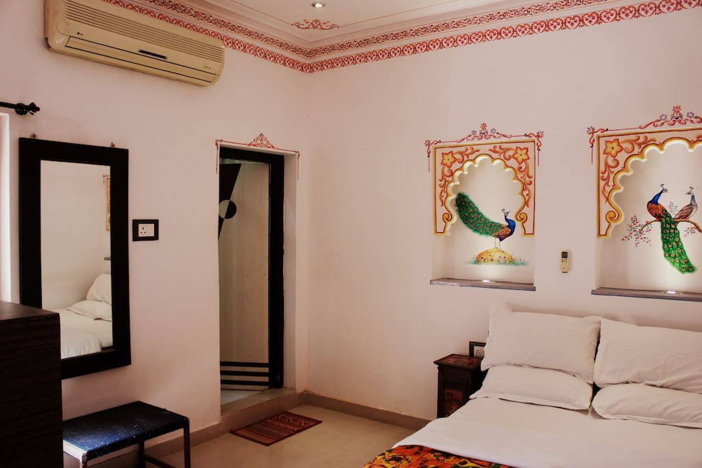 Whole room with great interior and decoration.