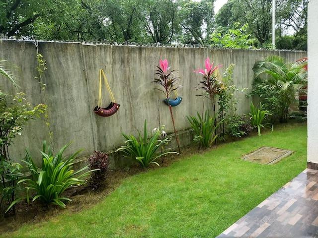 Bengali Villa - Fully Furnished Duplex -Nr Imagica