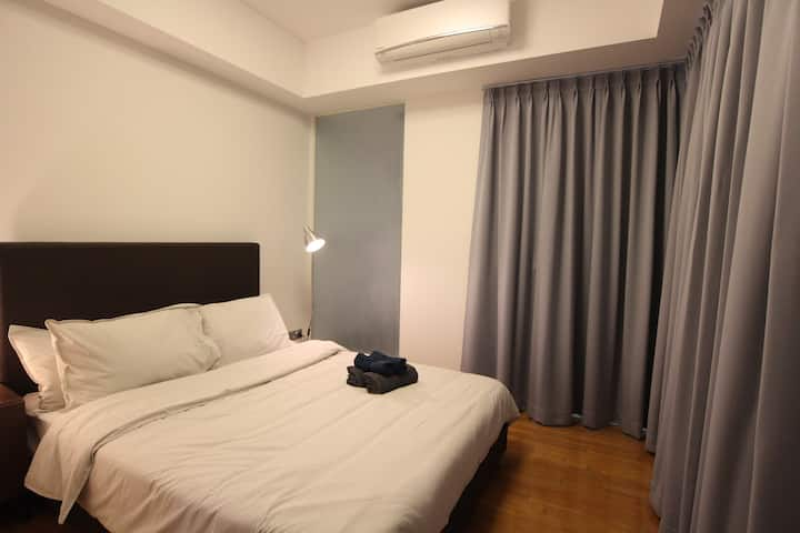 City-centered 1BR apartment *BRAND NEW*