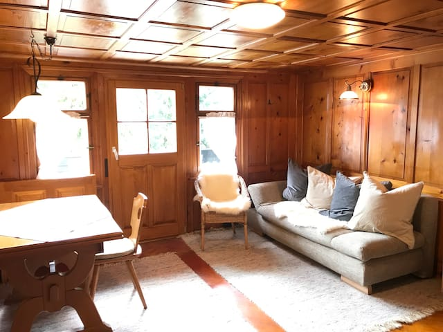 Lage Lounge Stoel.Airbnb Tschagguns Vacation Rentals Places To Stay