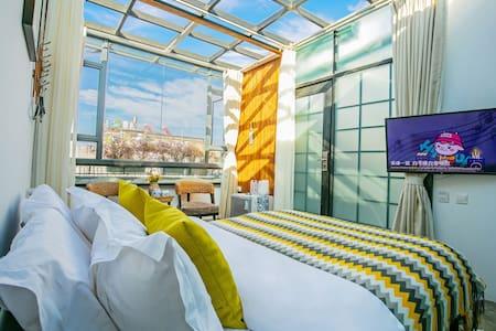 浪漫星空大床房
