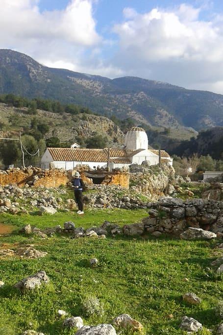 AiStratigos Aradena