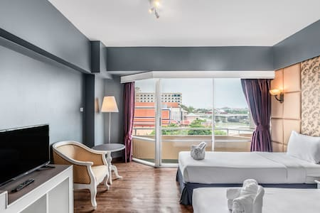 Deluxe River View Room with Breakfast at Ayothaya Riverside Hotel