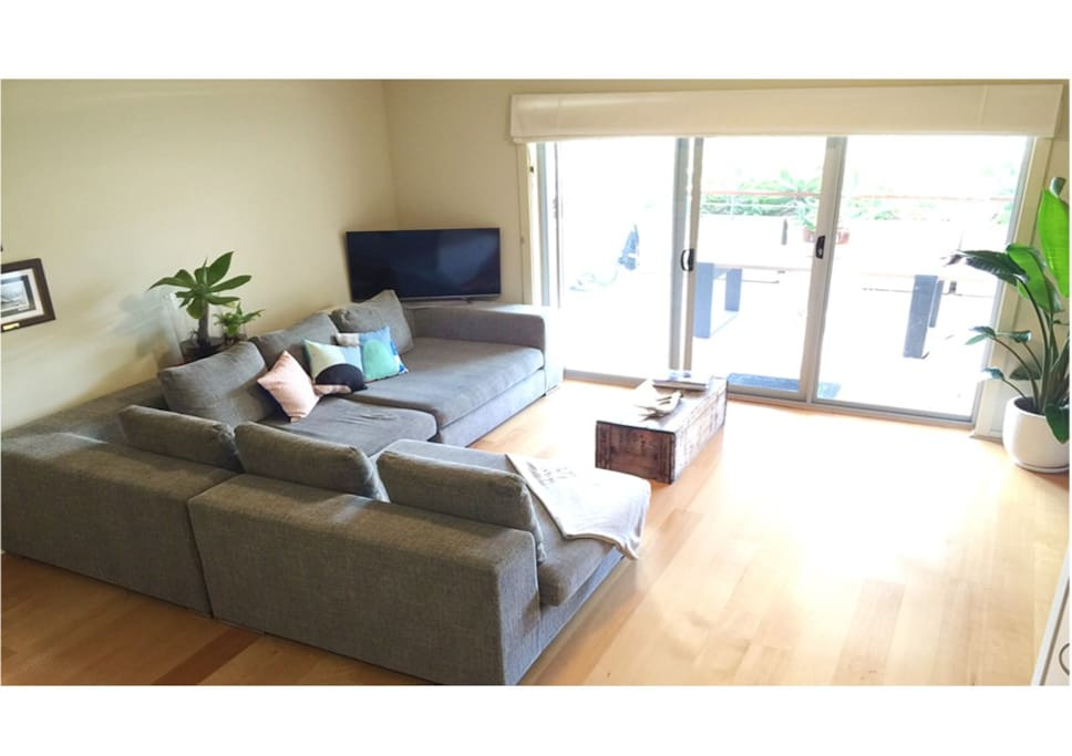 Clean, modern and spacious apartment with light filled living areas.