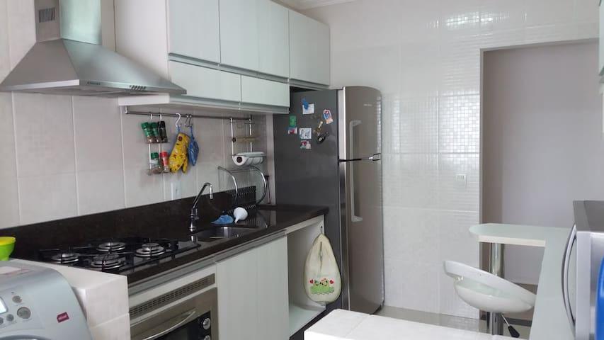 AP Completo Melhor Custo/Benefício - Joinville - Lägenhet