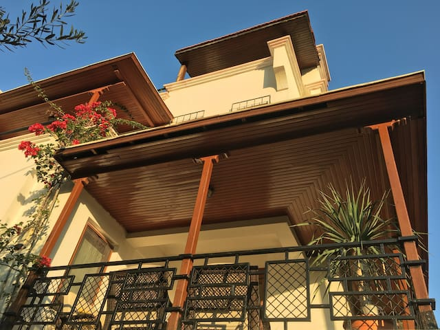 (LICENSED) (FULL 1 Bdr Apt.) Orange Garden Villa-3