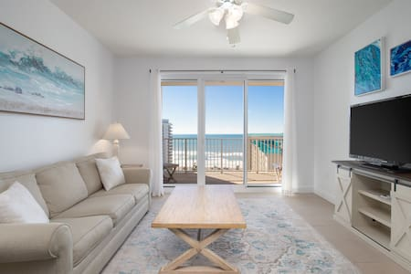 SEASCAPE RETREAT | GULF VIEWS | 2 MIN TO THE BEACH
