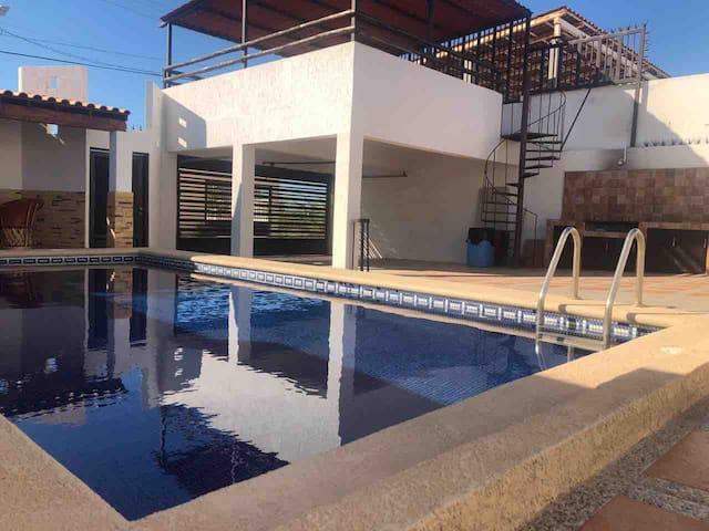 Casa con Alberca en Bahía de Kino