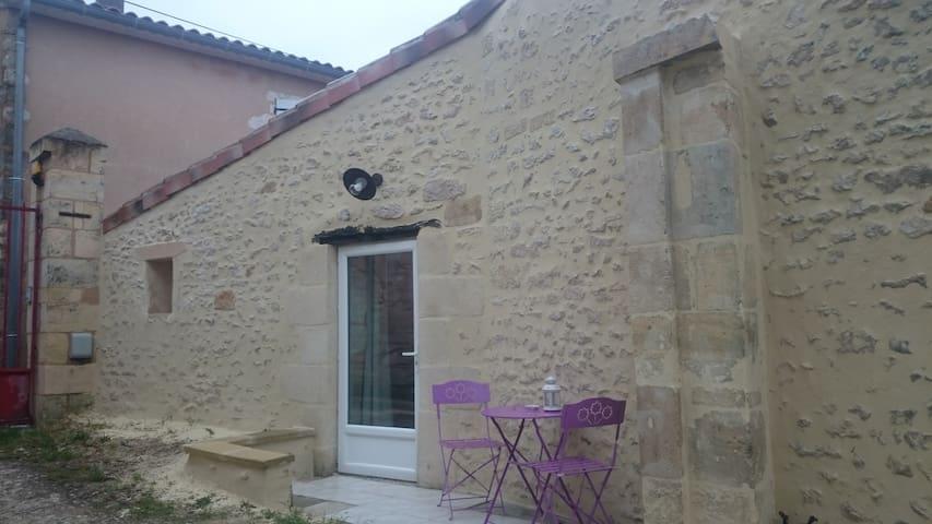 Gite - Studio de charme - Saint-Martin-Lacaussade - Dom