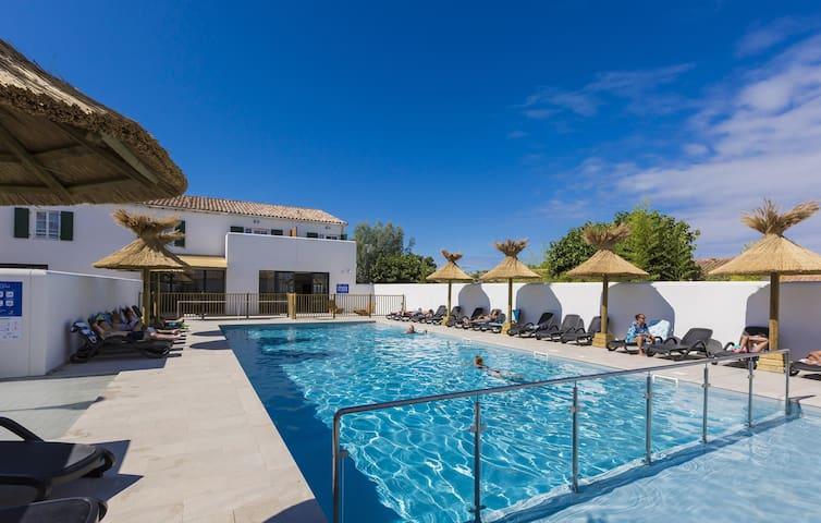 Nouvel Appartement près de la plage | Accès piscine !