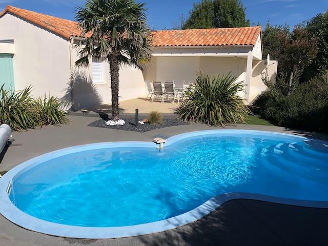 Villa de vacances, 3ch, piscine privée et chauffée