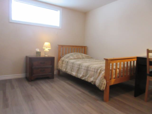 Comfortable Private Suite in Central Waterloo - Waterloo - Huis