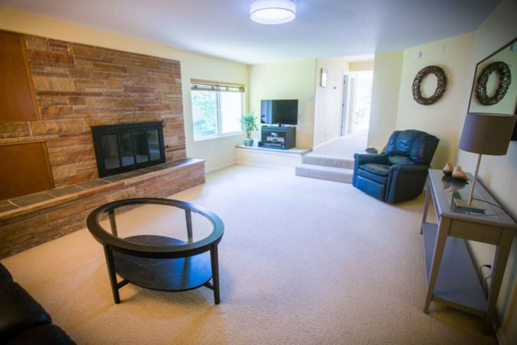 Living room - fun area to chat or watch TV