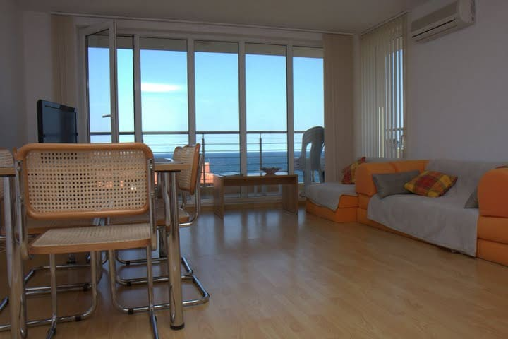 2 Bedroom Sea View Appartment with pool BEAUTIFUL - Sozapol