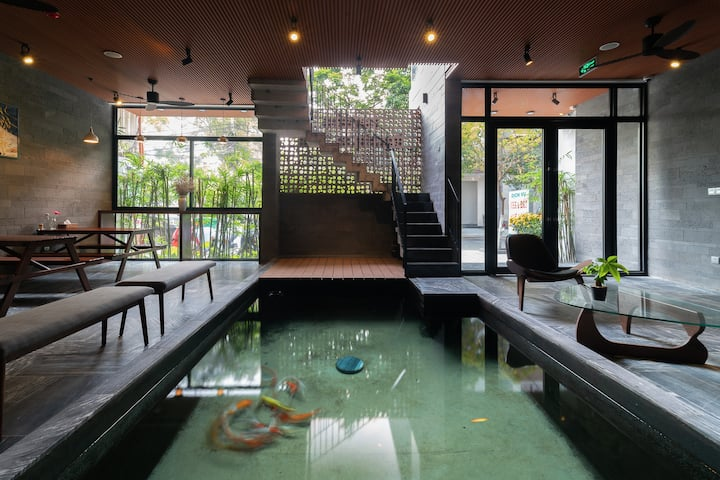 ★Spacious Room in a Charming Villa★Rooftop Pool★