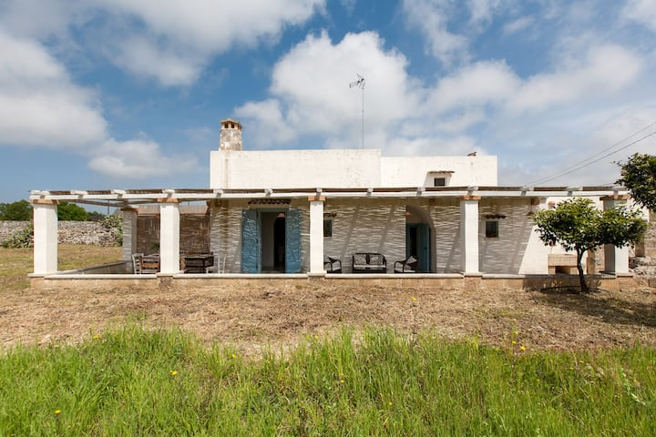 418Typical Country House near Leuca