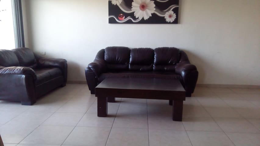 SPECIOUS 4 BEDROOM REHOVOT CITY-CTR. APARTMENT