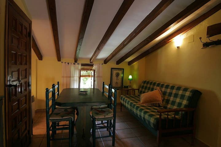 Apartment with one bedroom in Robledillo de Gata, with balcony and WiFi