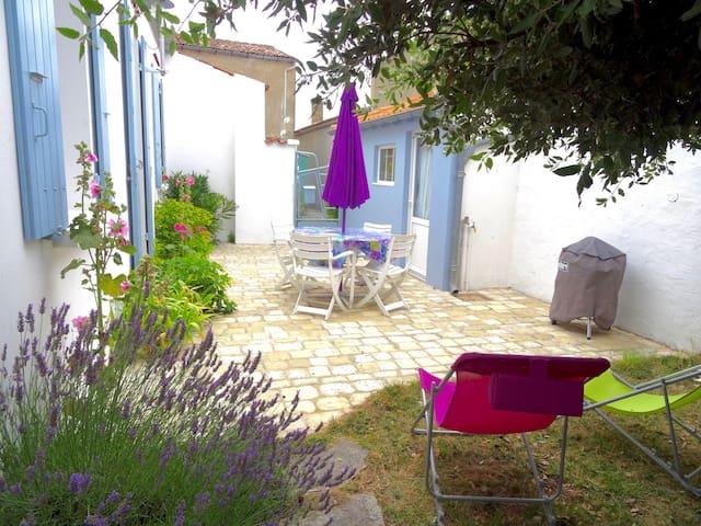 Maison de charme calme centre ville - Saint-Denis-d'Oléron - Haus